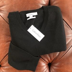 Calvin Klein LightweightVneck Sweater Black NWT XL